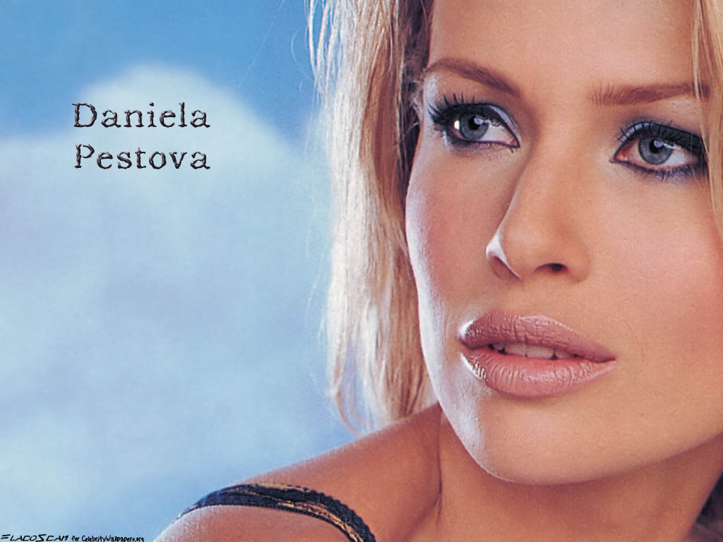 Daniela pestova wallpapers photos images daniela pestova pictures