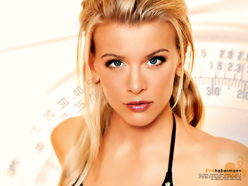 Eva Habermann - Photos Hot
