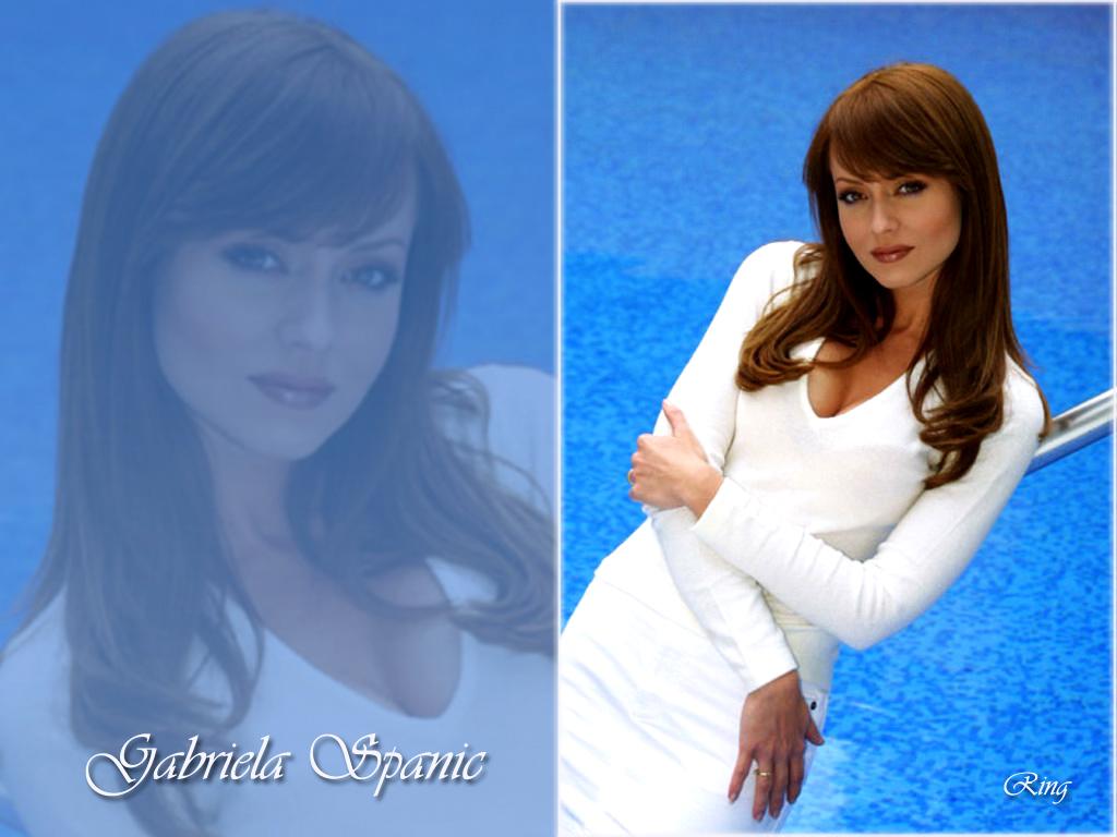 Gabriela Spanic - Photo Set