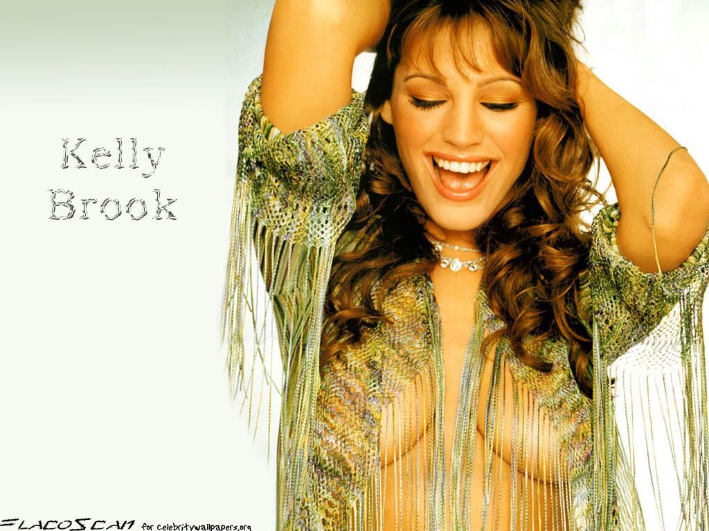 Kelly Brook's Nice Big Natural Tits Topless Naked