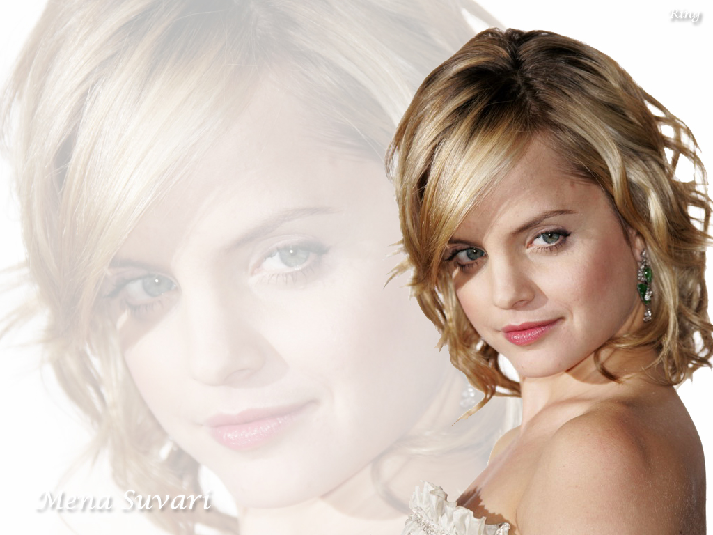 Mena Suvari - Wallpaper Gallery