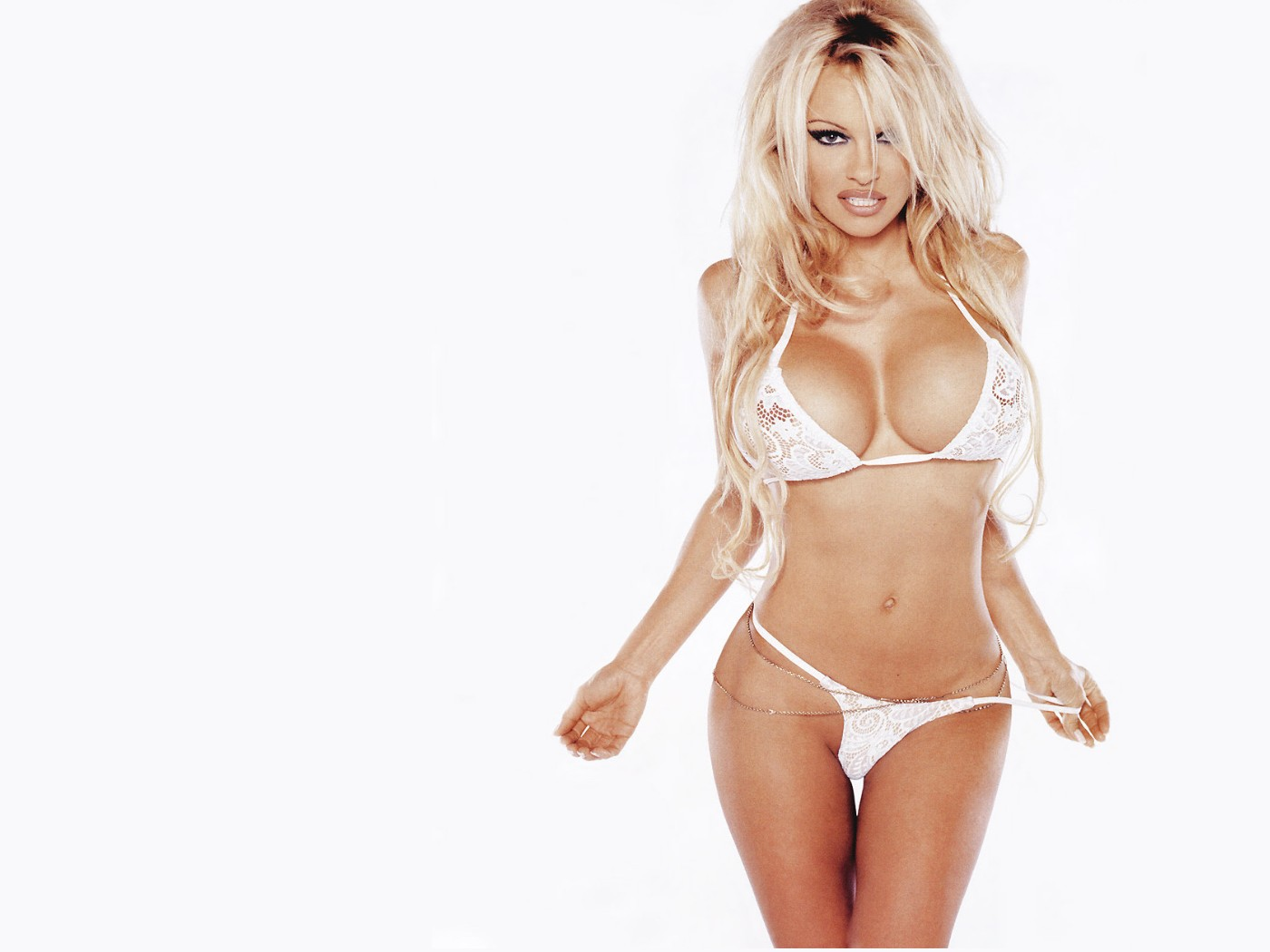 Pamela Anderson Wallpapers Photos Images Pamela