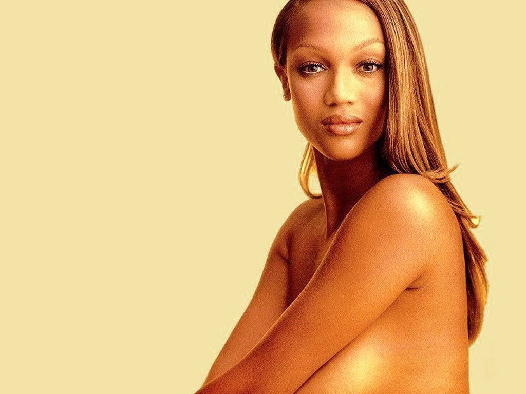 Tyra Banks - Picture Hot